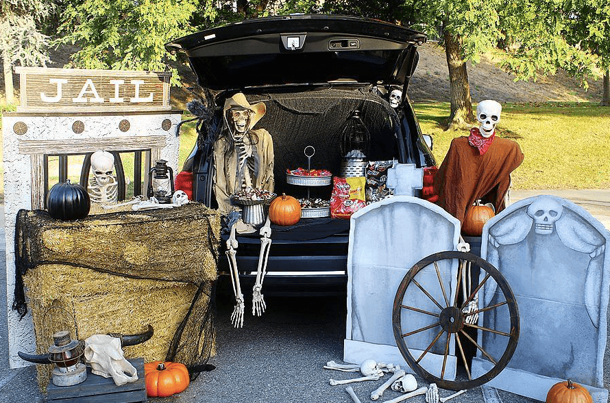 Trunk or Treat Idea: Ghost Town